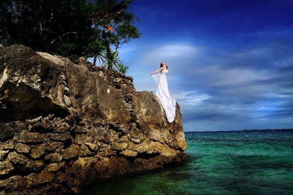 Tara on cliff