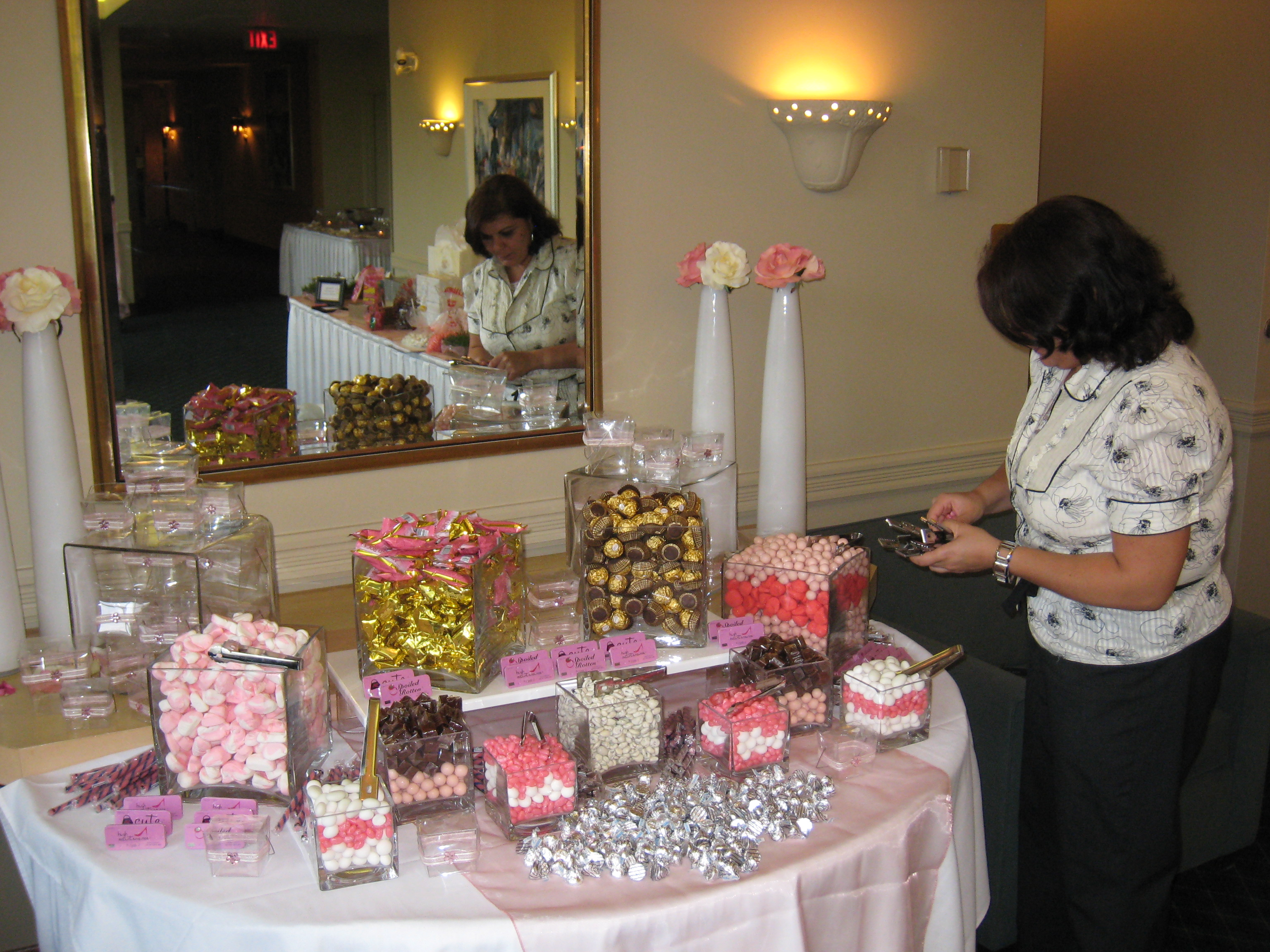 Pleasing Candy Buffets A Grand Approach Wpic Home Interior And Landscaping Eliaenasavecom