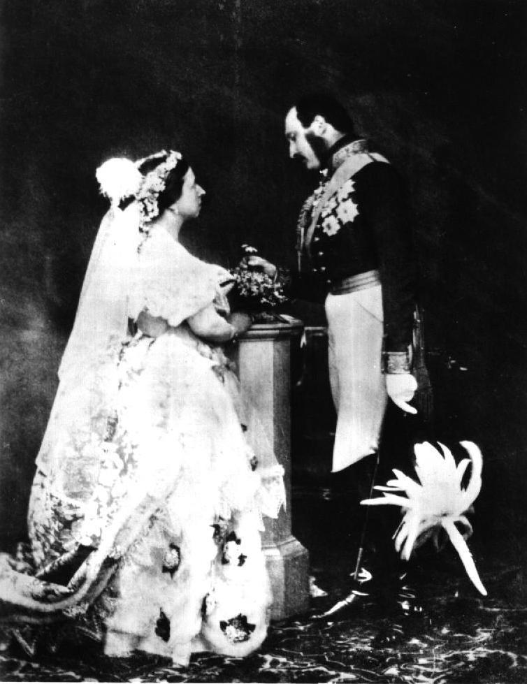 Queen_victoria__albert_1854